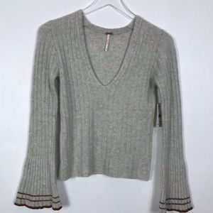 Free People NWT XS Vneck stripe sleeve sweater